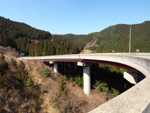 高見峠 ループ橋